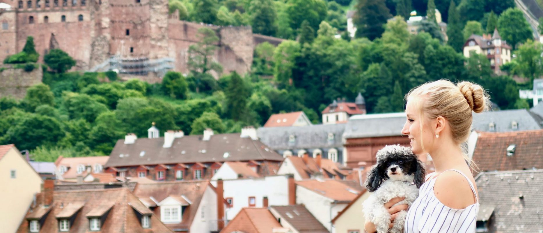 Heidelberg: Aussicht von der alten Brücke zum Schloss und zur Altstadt