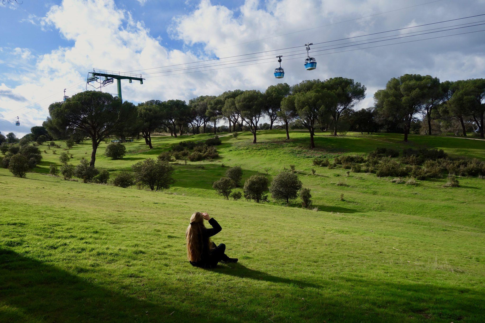 Der Park Casa de Campo in Madrid ist einer der größten Parks in Europa und besitzt eine eigene Seilbahn.