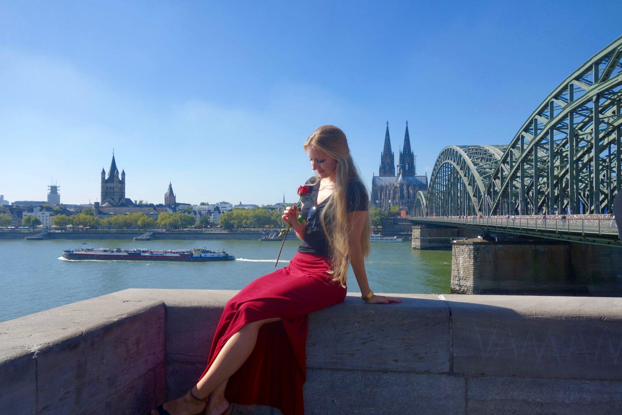Köln: Rhein, Hohenzollernbrücke, Dom