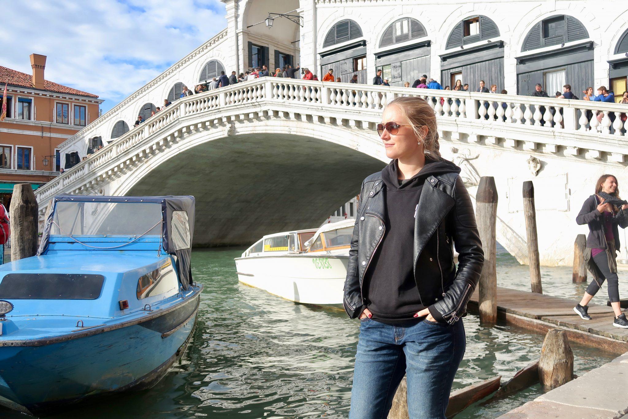 Venedig: die Rialtobrücke bei Tag