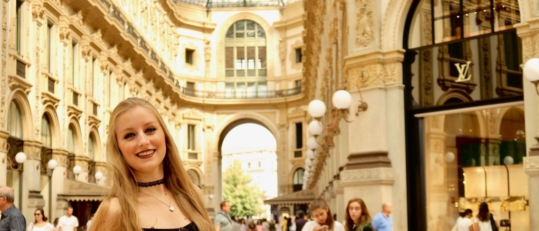 Mailand: Galleria Vittorio Emanuele II (hier befinden sich nur Luxusgeschäfte, bring genügend Geld zum Shoppen mit :P )