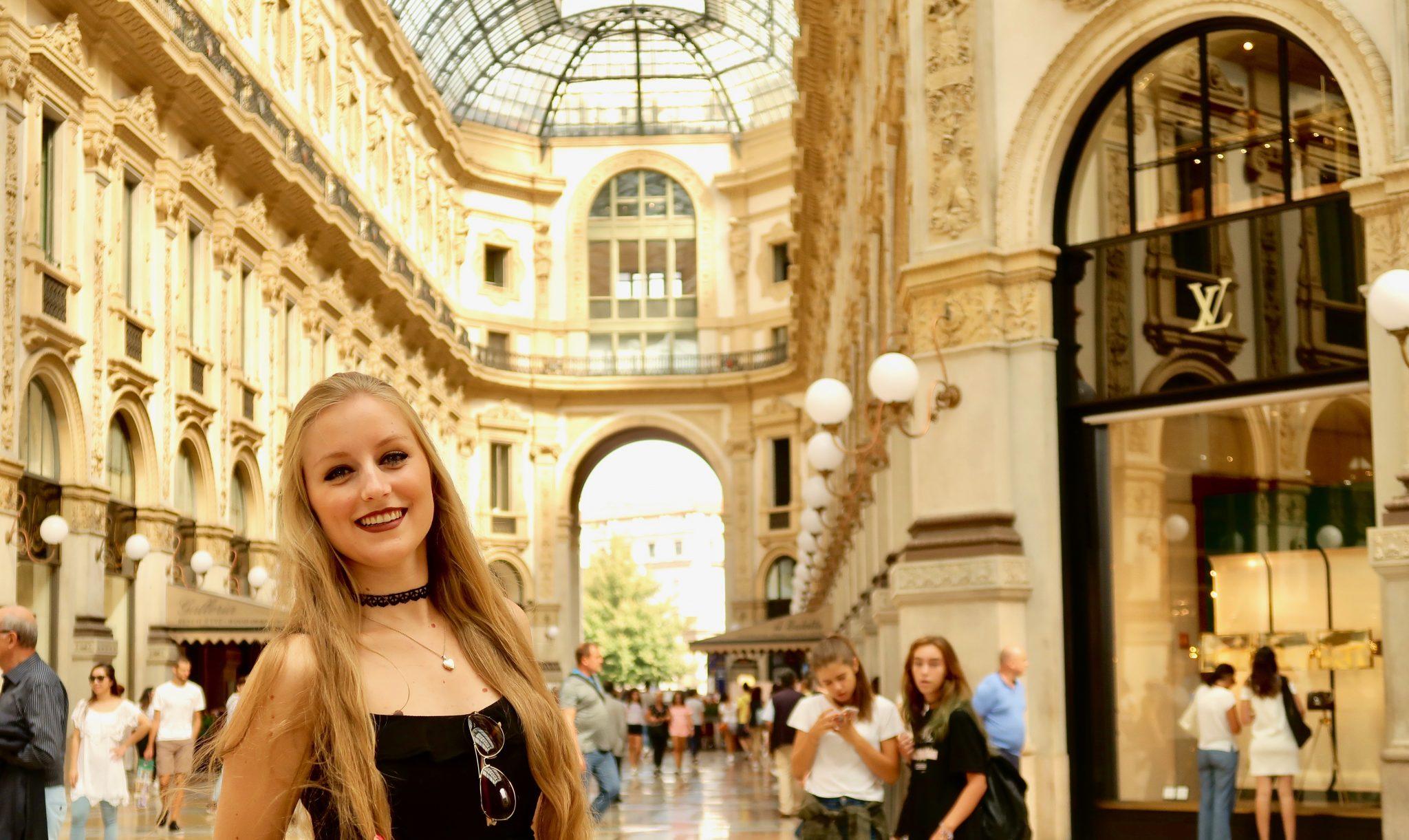 Mailand: Galleria Vittorio Emanuele II (hier befinden sich nur Luxusgeschäfte, bring genügend Geld zumShoppen mit :P )
