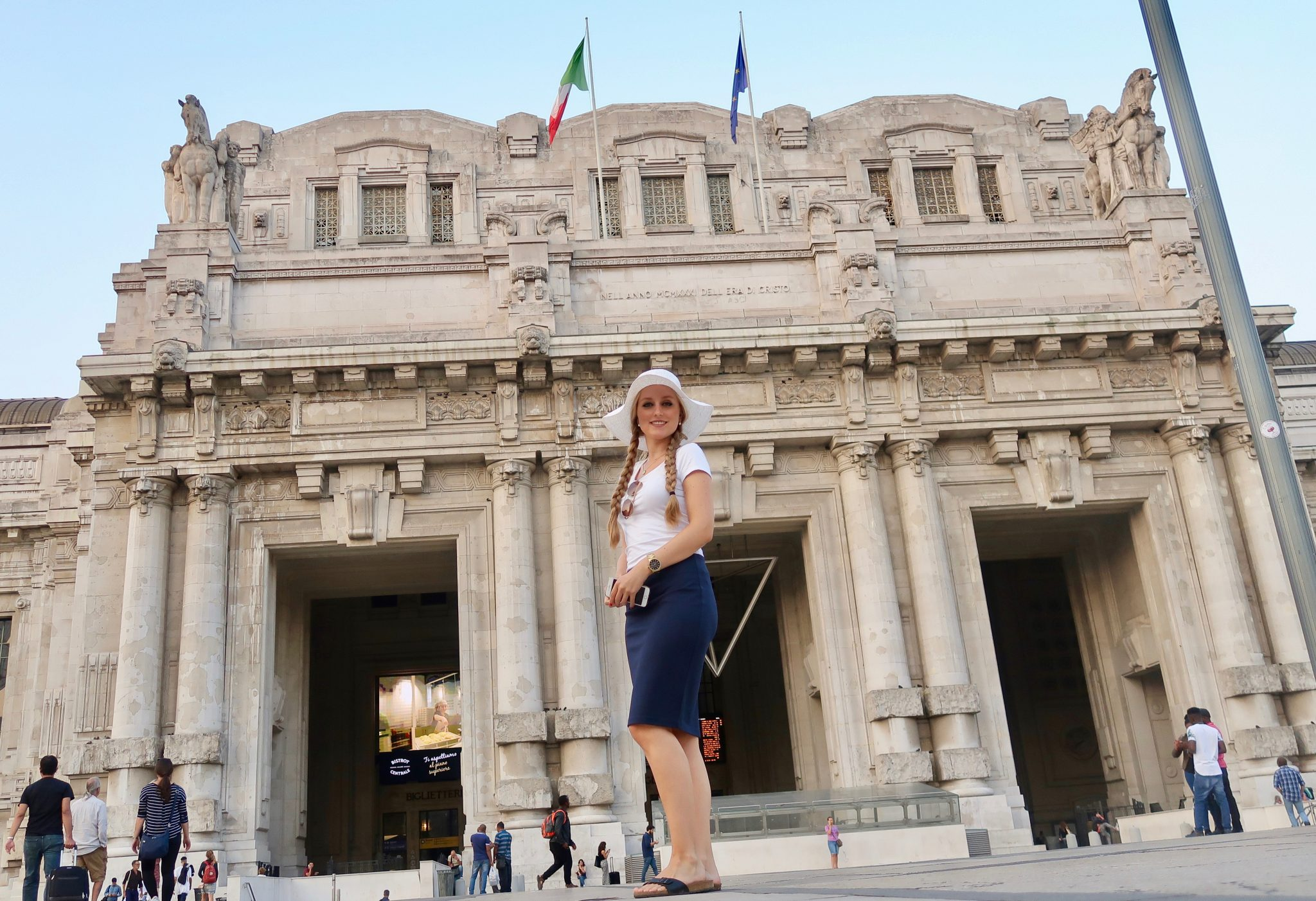 Mailand: Hauptbahnhof / Milano Centrale einer der schönsten Bahnhöfe in Europa!