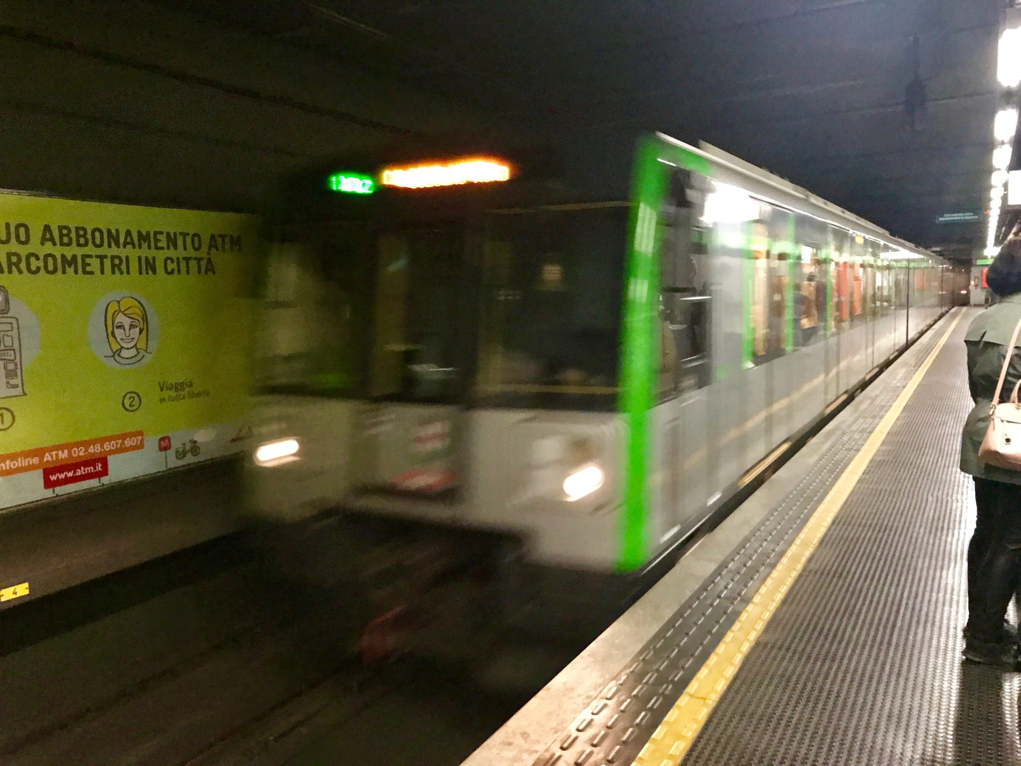 Mailand: Grüne Linie M2 Bahngleis