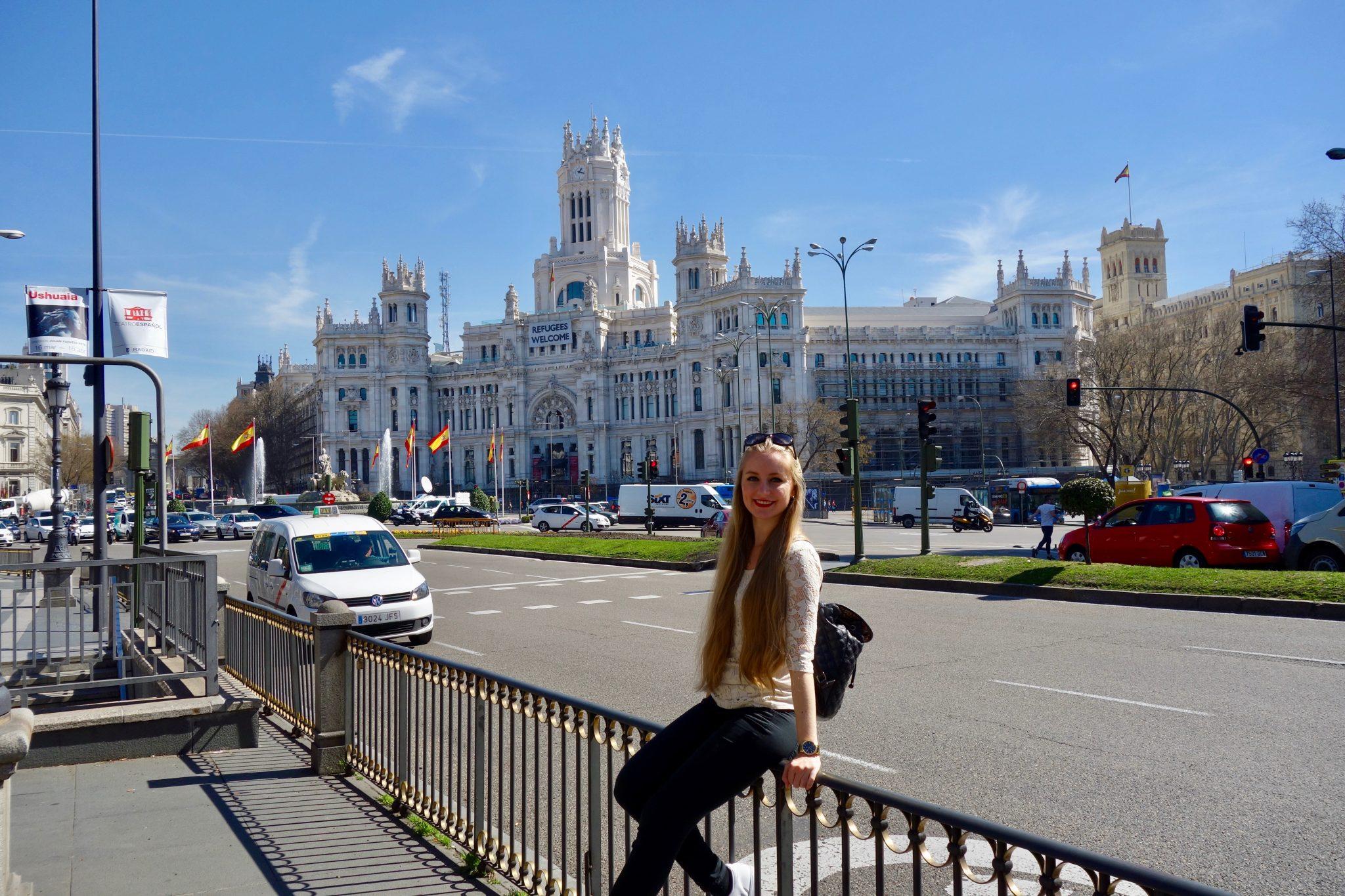 Madrid: Plaza de Cibles (mit dreieinhalb Sehenswürdigkeiten)