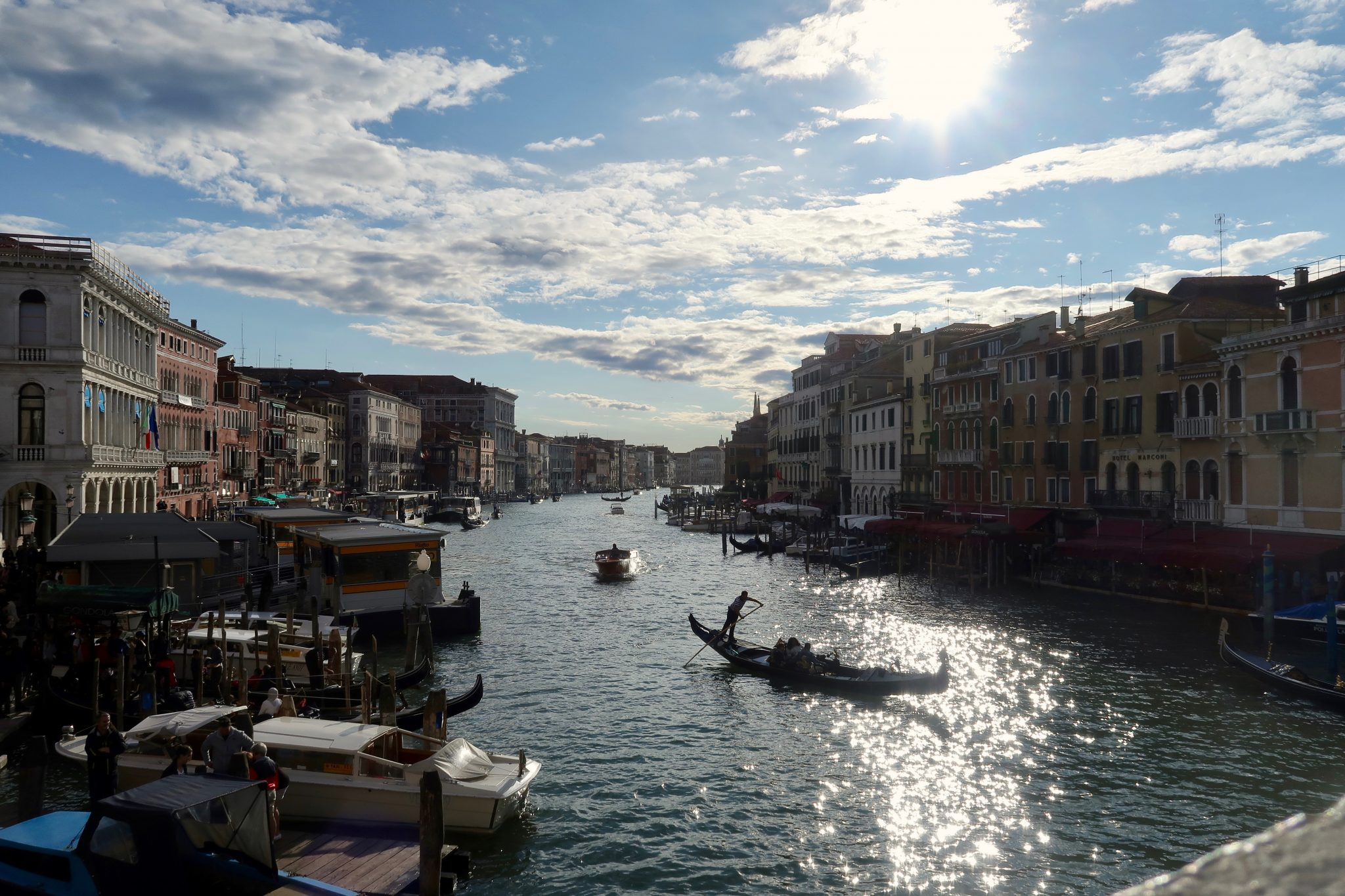 Venedig: Grand Canal von der Rialtobrücke aus