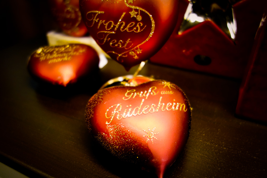 Rüdesheim, Weihnachtsmarkt: Ich hoffe mein Blogpost hat dir gefallen, wenn du magst kannst du mir gerne einen Kommentar hinterlassen, ich würde mich sehr freuen.