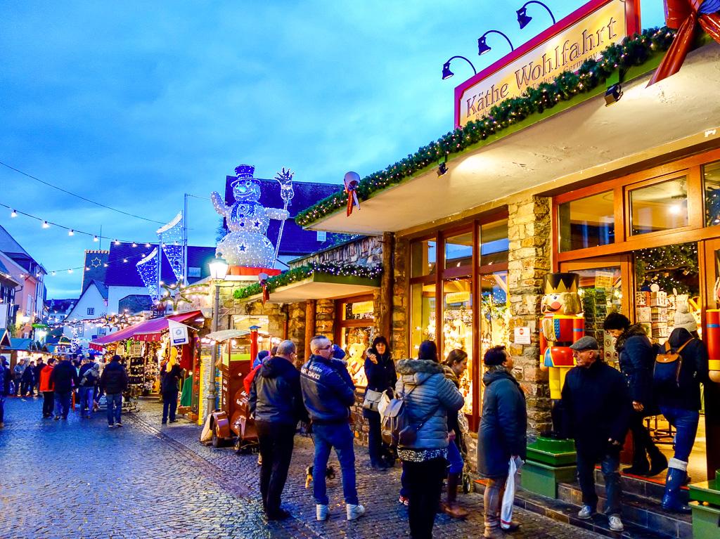 Der Rüdesheimer Weihnachtsmarkt ist wirklich sehr schön und romantisch