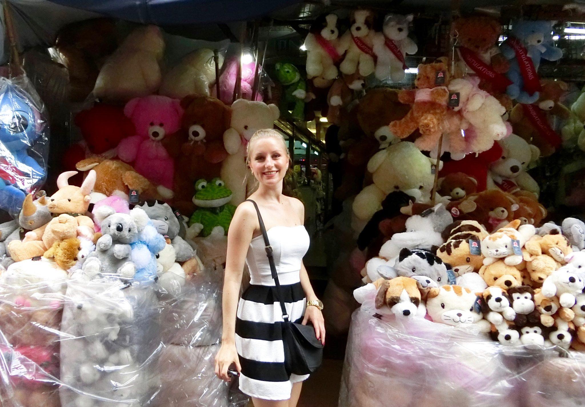 Thailand, Bangkok, Chinatown: Ich bin im Teddybären-Paradies!