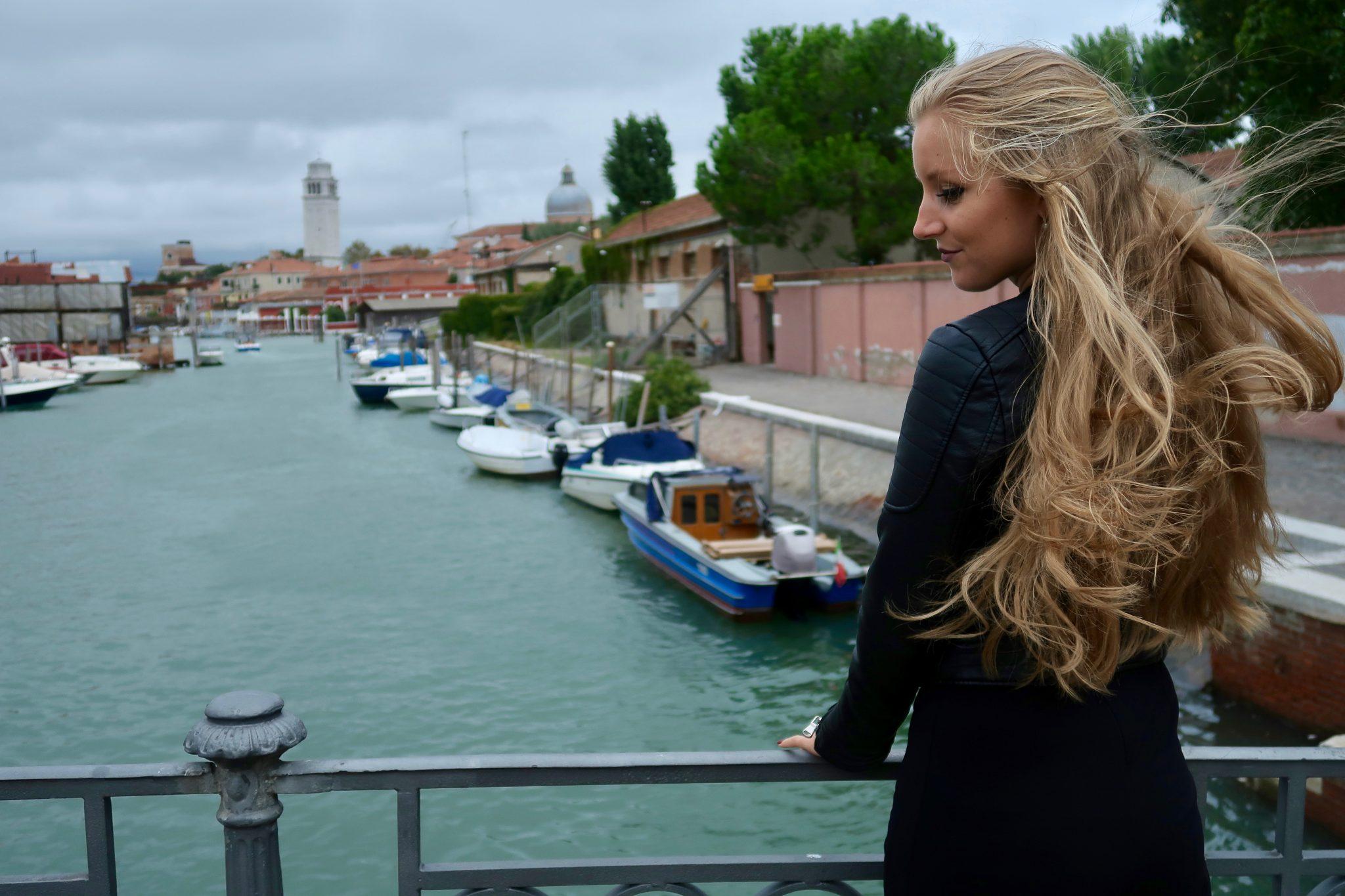 Privatboot - in Venedig haben die Einwohner keine Autos, aber Boote.