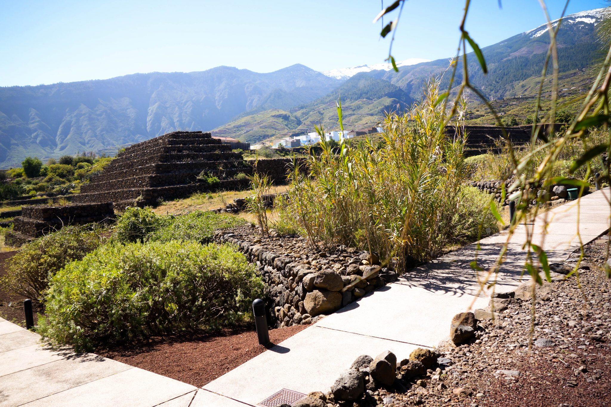 """Spanien, Teneriffa: Hättest du gedacht, dass ausgerechnet auf einer """"Urlaubsinsel"""" in Spanien Pyramiden zu finden sind?"""