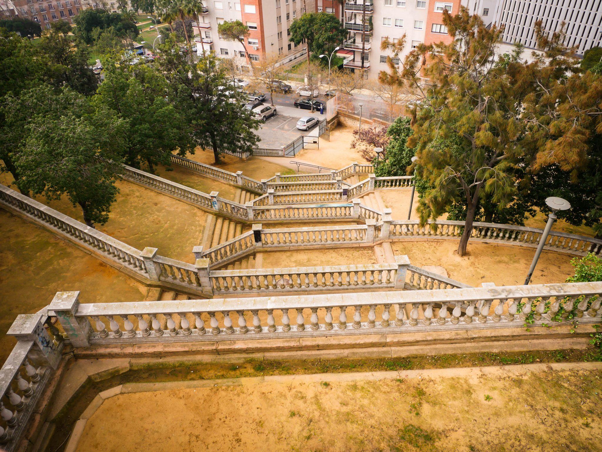 Huelva: Der Nebeneingang des Parks ist ein wenig gewöhnungsbedürftig...