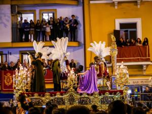 Der Höhepunkt der Semana Santa in Sevilla: Madrugada, La Macarena