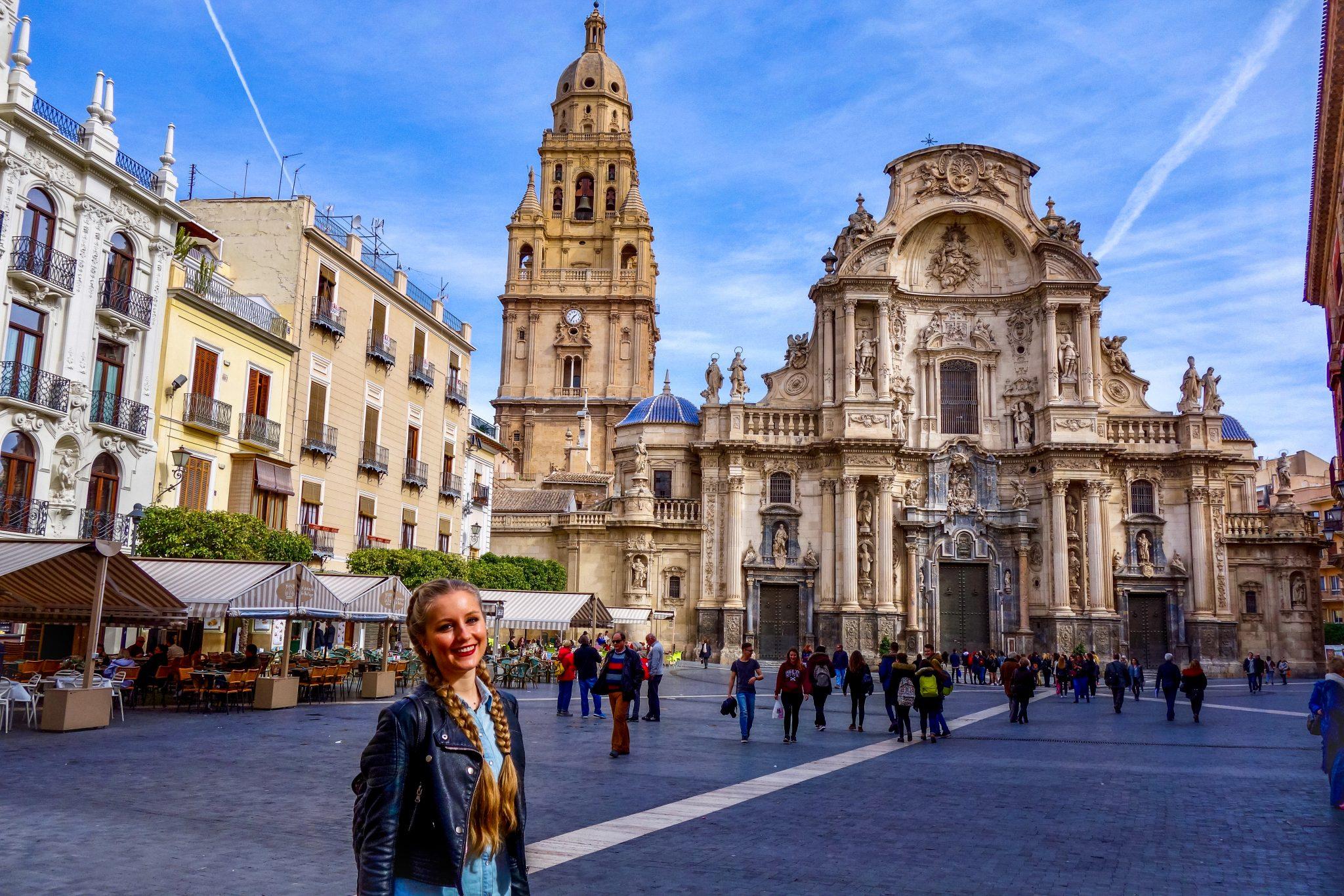 Ca. 200 Jahre wurde an dem Turm der Kathedrale in Murcia gebaut