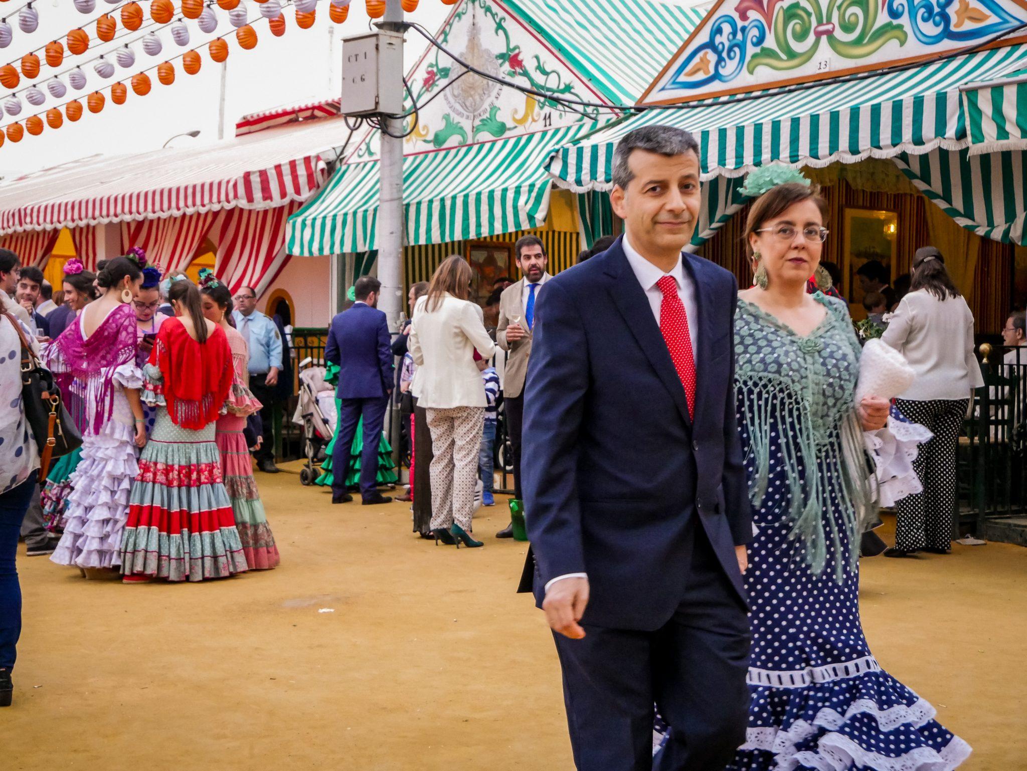 Das richtige Outfit auf der Feria zu tragen, ist für die Einheimischen sehr wichtig.