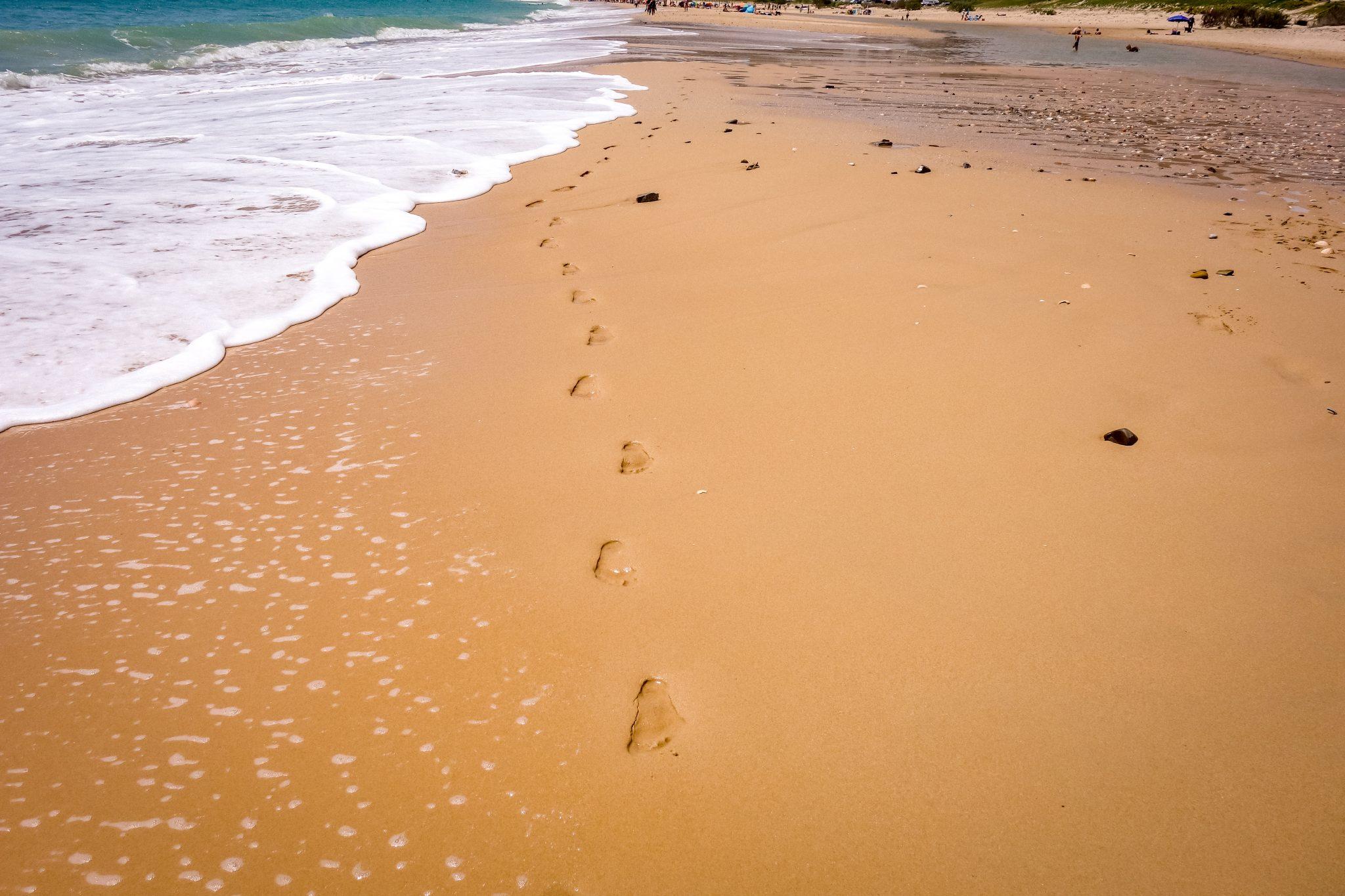 Wann kommst du vorbei? Der Playa Bolonia wartet auf dich.