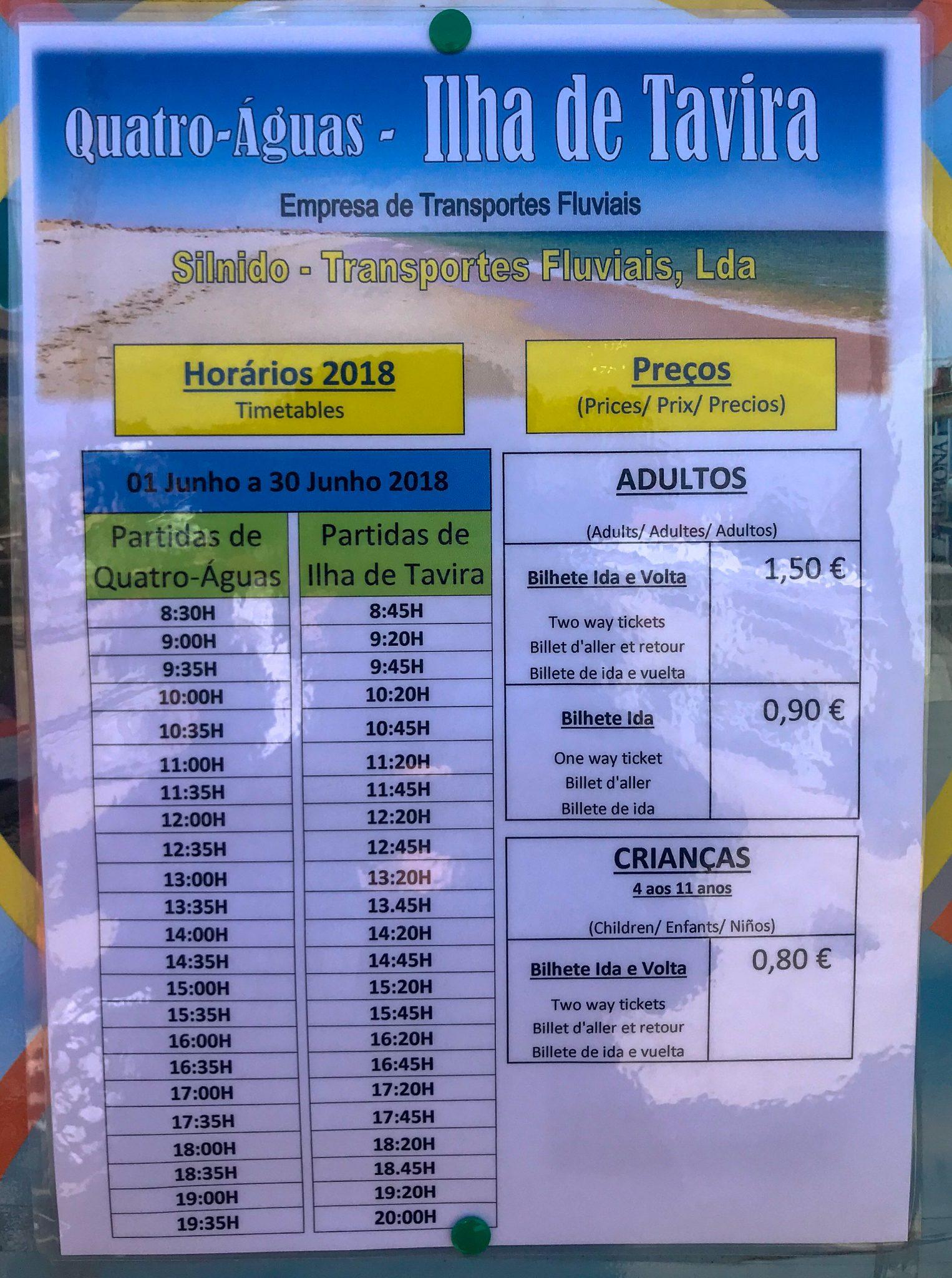 Der Saison-Fahrplan der Fähre nach Tavira Island.