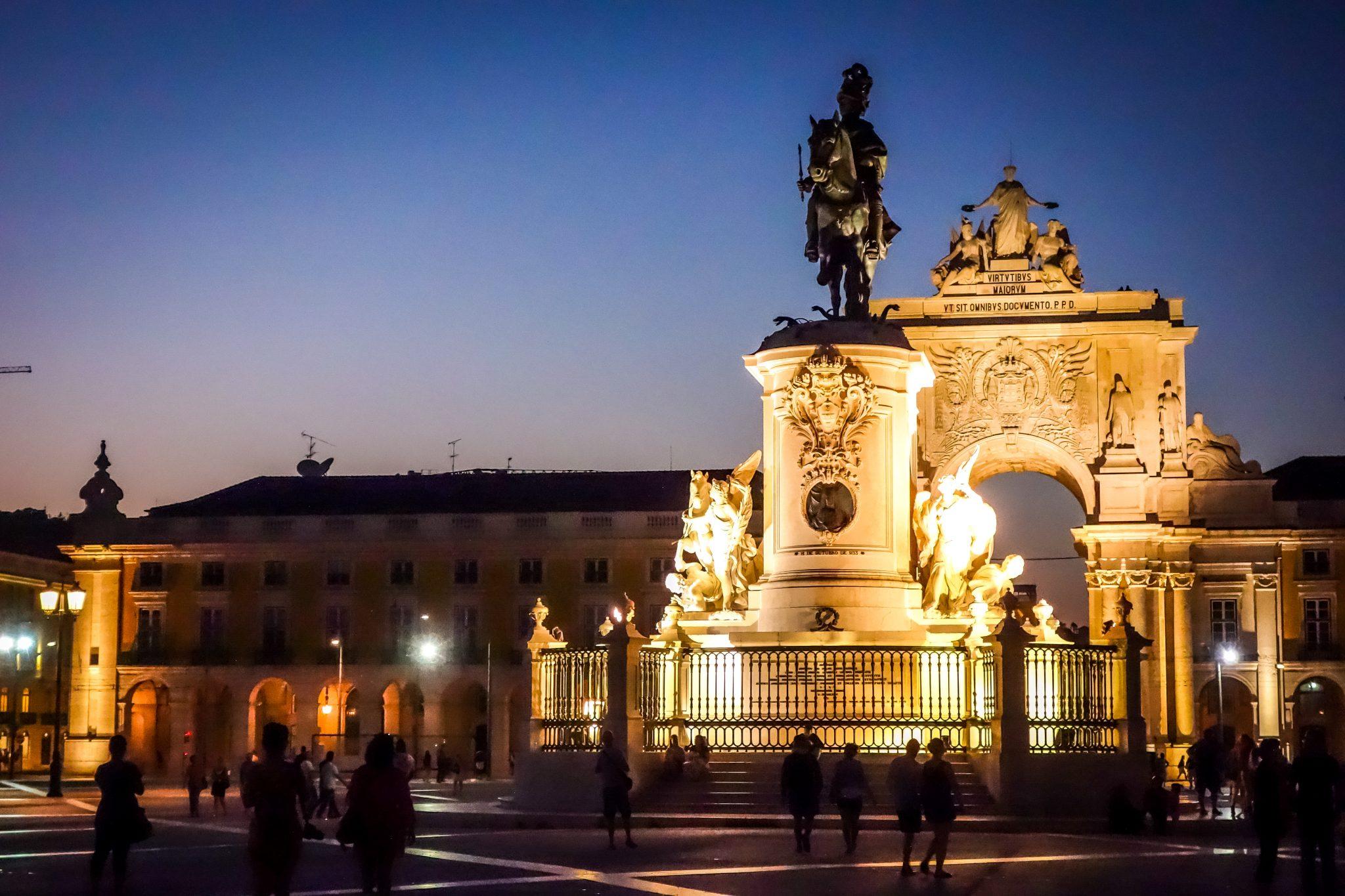 Portugal, Lissabon bei Nacht