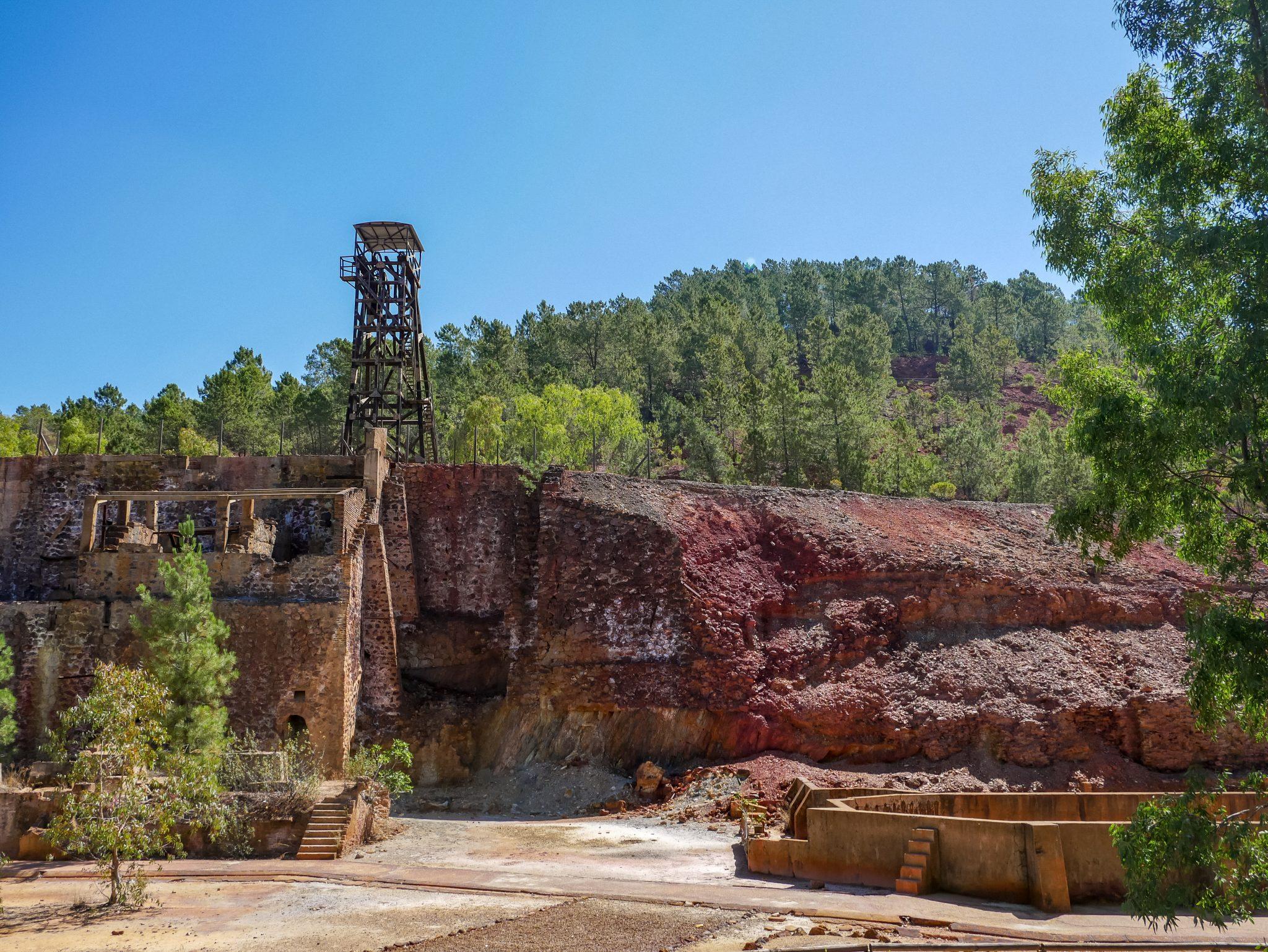 So sieht die Mine Peña de Hierro von außen aus.