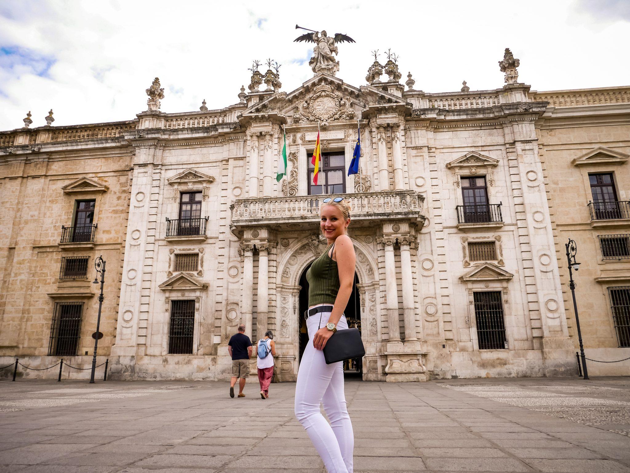 Der Haupteingang der Universidad de Sevilla, ein Traum!