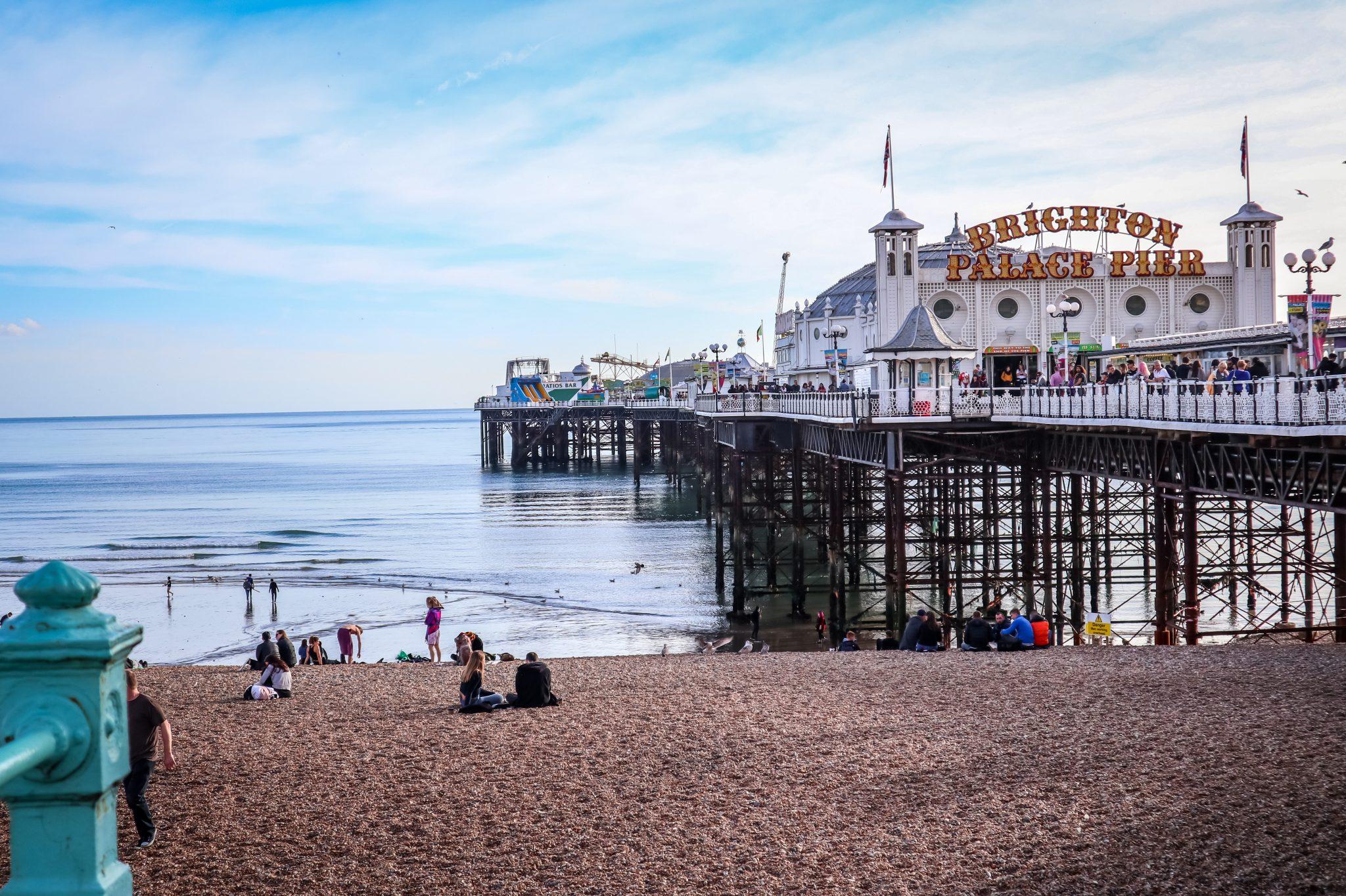 Brighton (England) Pier: Antonia verbringt dort 4 Monate, um ihr freiwilliges Auslandspraktikum zu absolvieren.