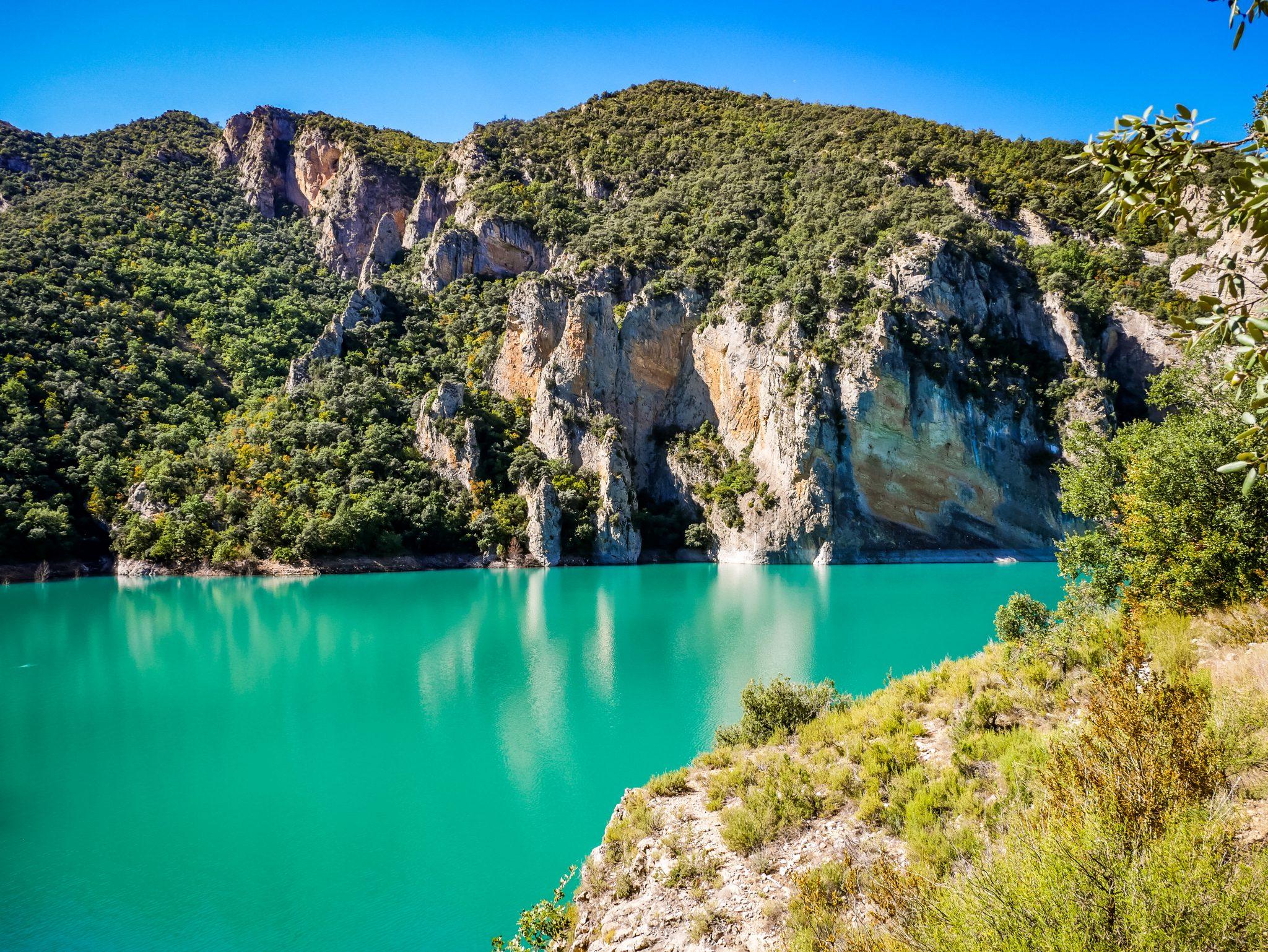 Der Fluss Noguera Ribagorçana ist wirklich klar und man kann von weitem Fische beim schwimmen beobachten.