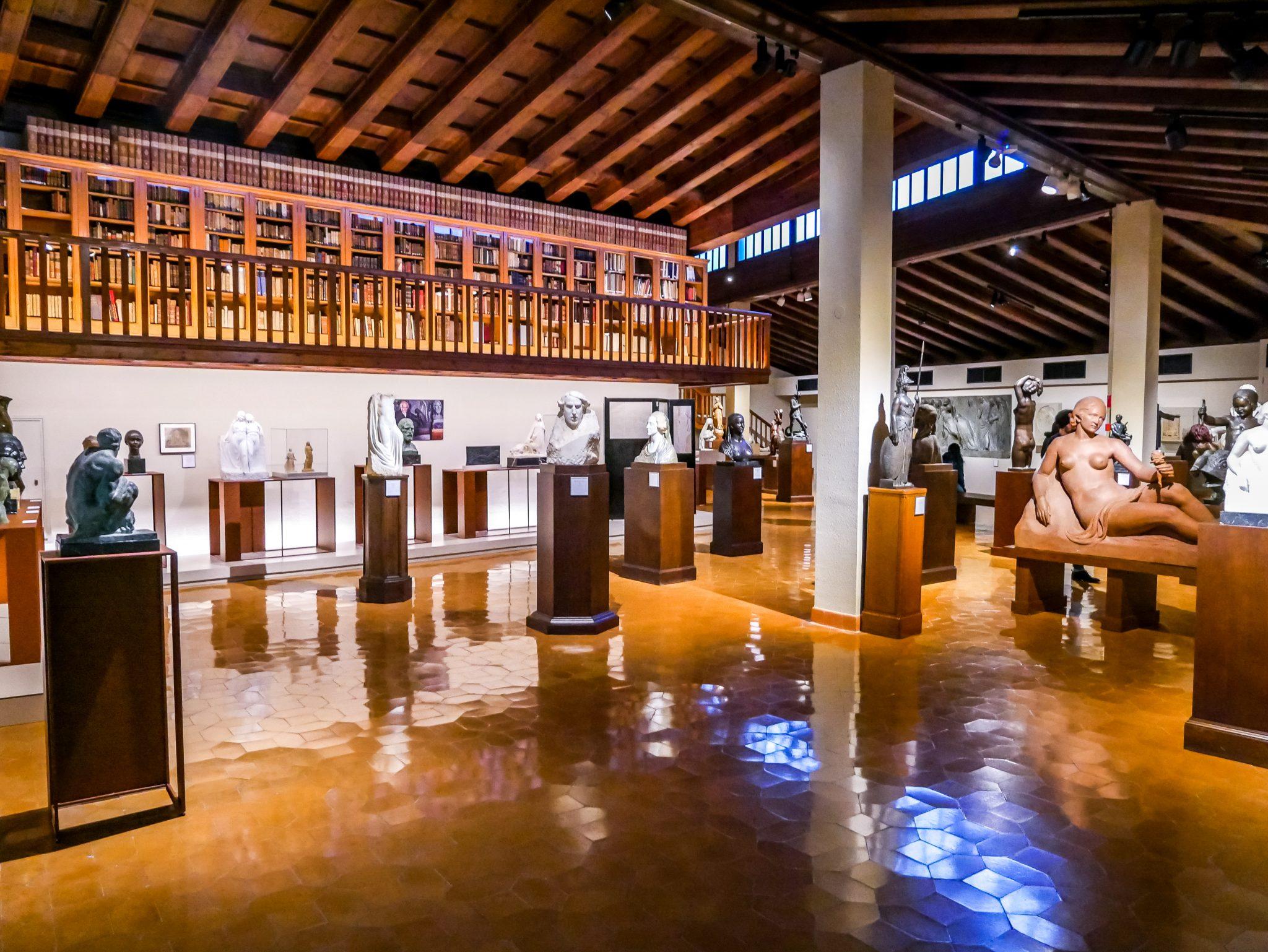 Im Museu Frederic Marès (MFM)kannst du eineder bedeutendsten (Privat)Sammlungen spanischer Skulpturenaus dem 12.-19. Jahrhundert entdecken.