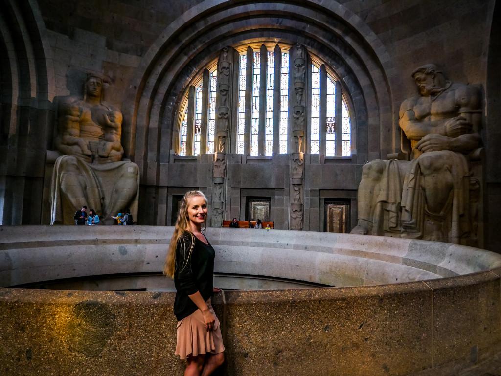 Diesen Part des Völkerschlachtdenkmal könnt ihr kostenlos besichtigen. Von dort habt ihr eine tolle Aussicht auf Leipzig