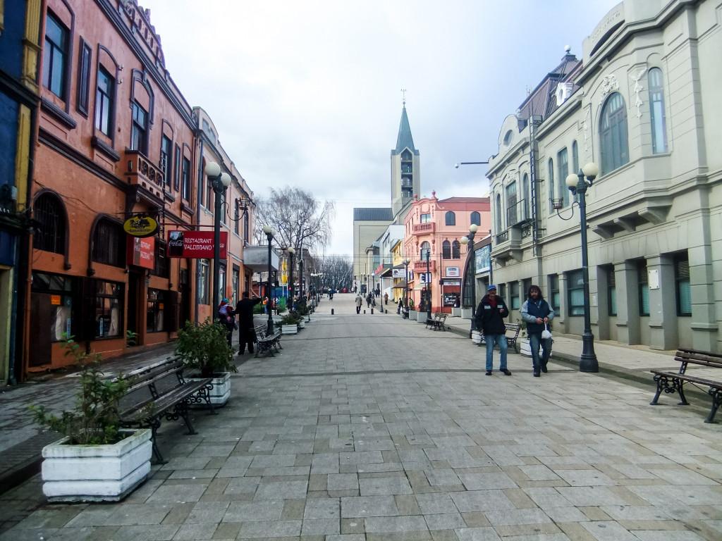 Das hier ist die Calle Libertad in Valdivia.