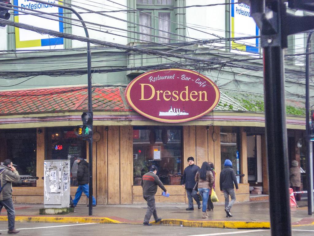 """... oder hier, das Restaurant """"Dresden"""" in Puerto Montt."""