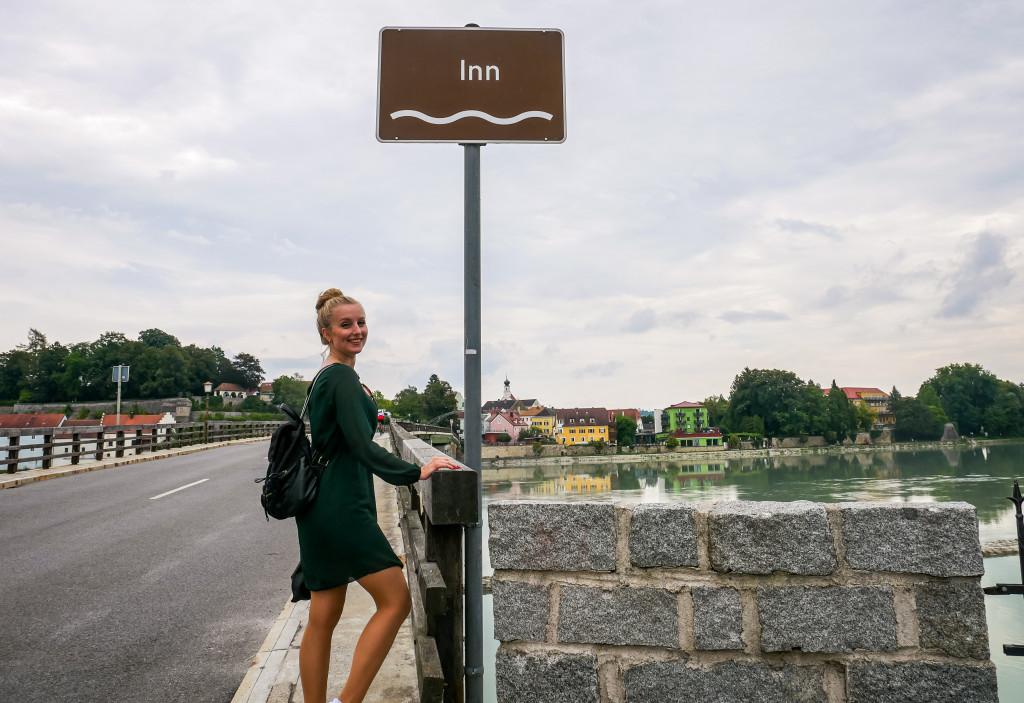Unser Weg über die Grenze zu Österreich von Deutschland aus hat uns über den Fluss Inn geführt