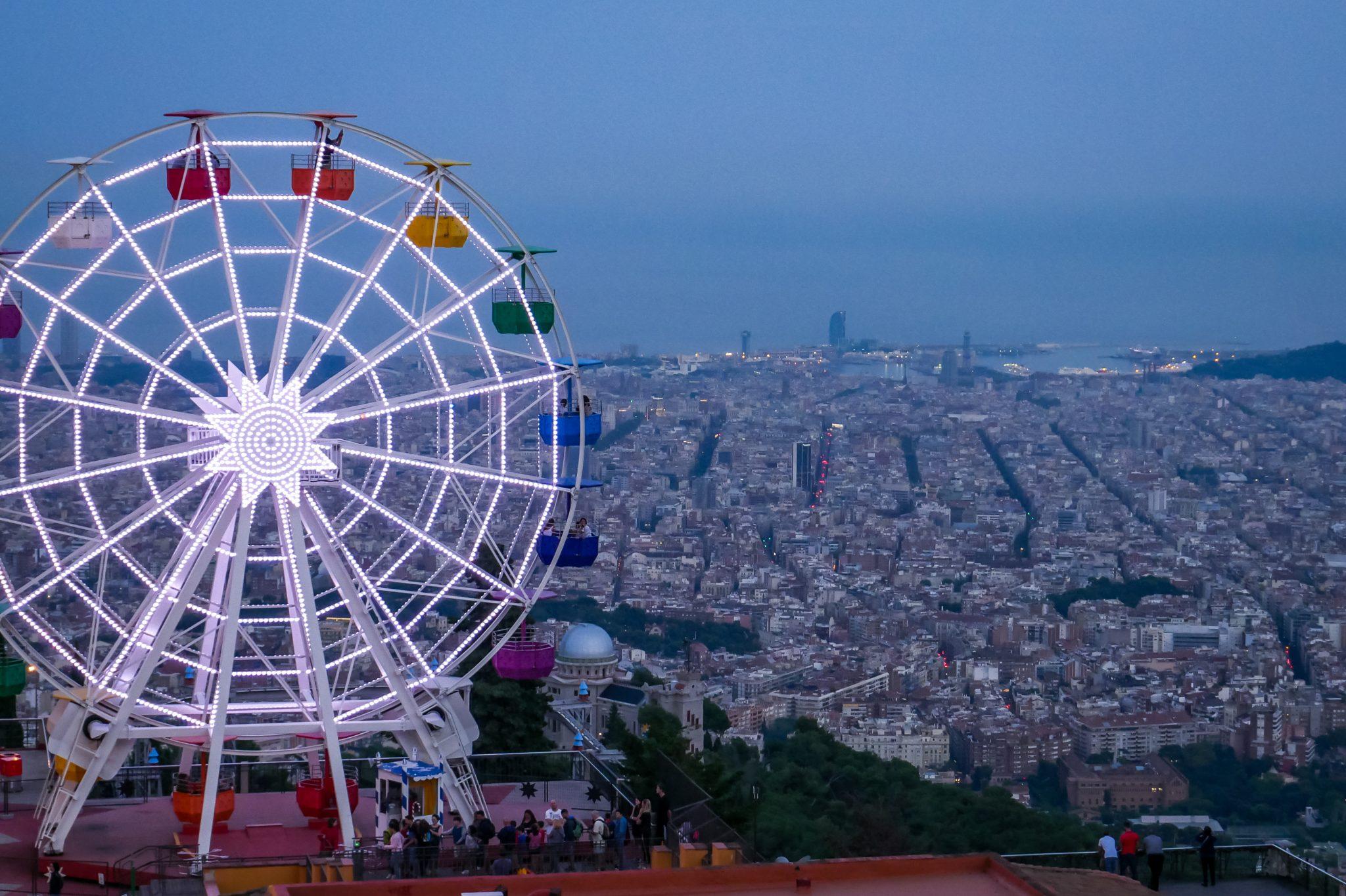 Auf dem Tibidabo bin ich immer wieder gerne, denn dort herrscht nicht nur wunderschöne Ruhe, sondern man hat ebenfalls einen wunderschönen Ausblick auf Barcelona.