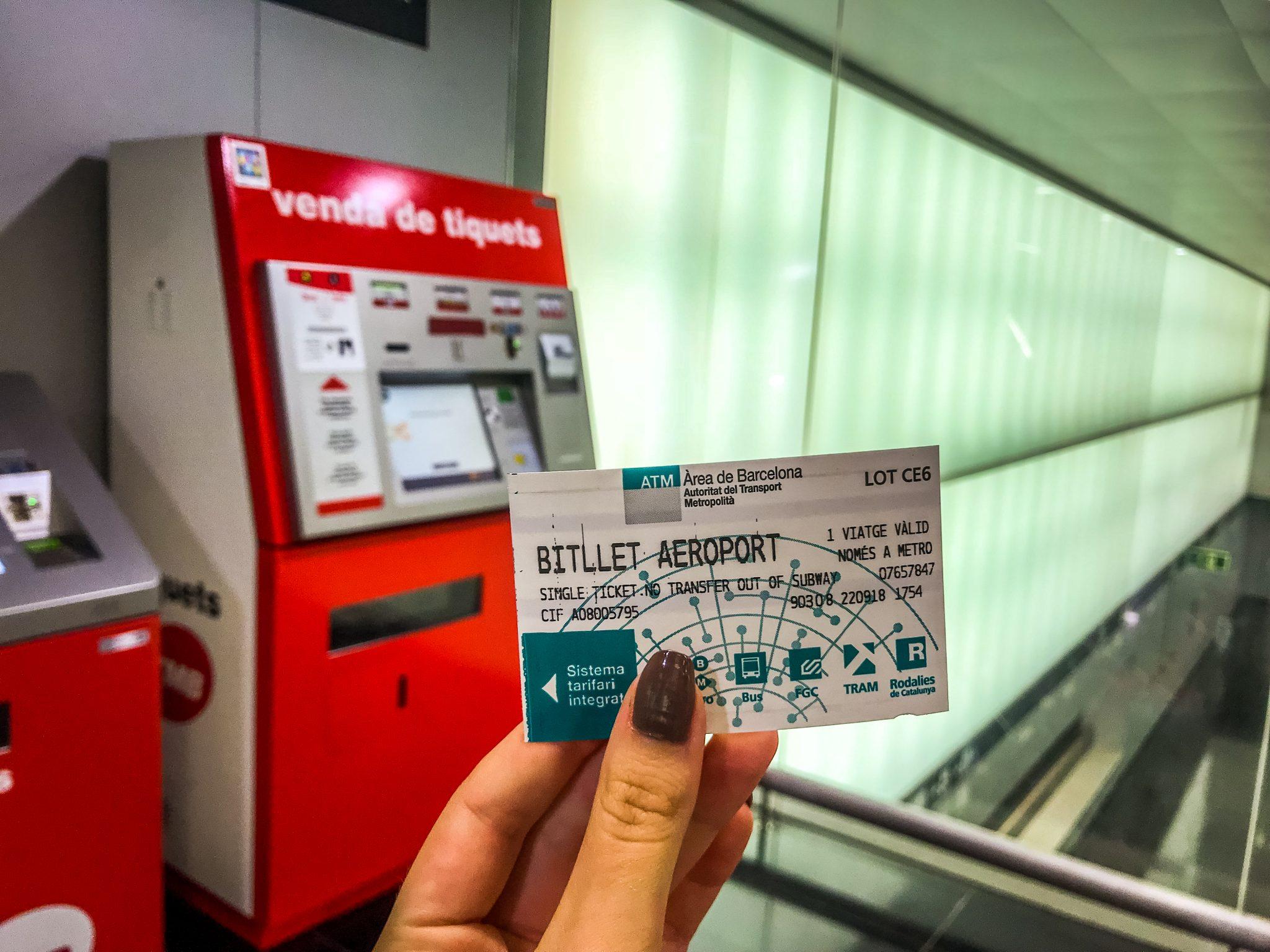 So sieht dein Metro Ticket für den Flughafen Barcelona aus, welches du besitzen musst.