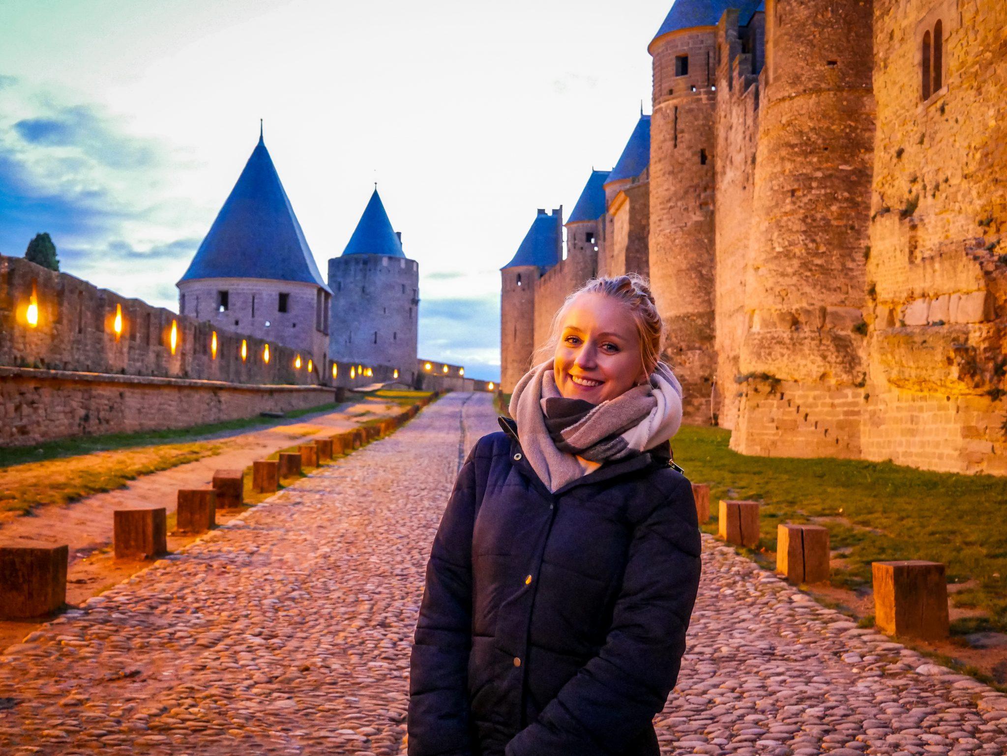 Besonders während der Dämmerung hat die Festung Carcassonne etwas sehr romantisches.