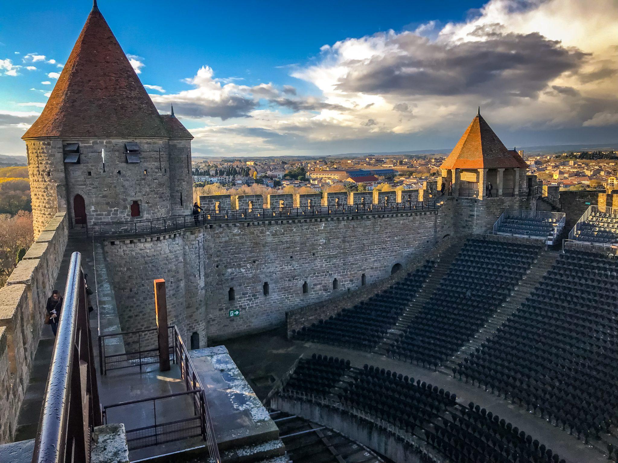 Im Freilufttheater in Carcassonne finden besonders in den Sommermonaten viele Veranstaltungen statt.