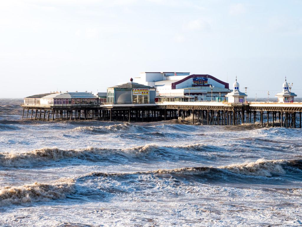 Die Wellen in Blackpool gehören zu den stärksten und höchsten, die ich je gesehen habe...